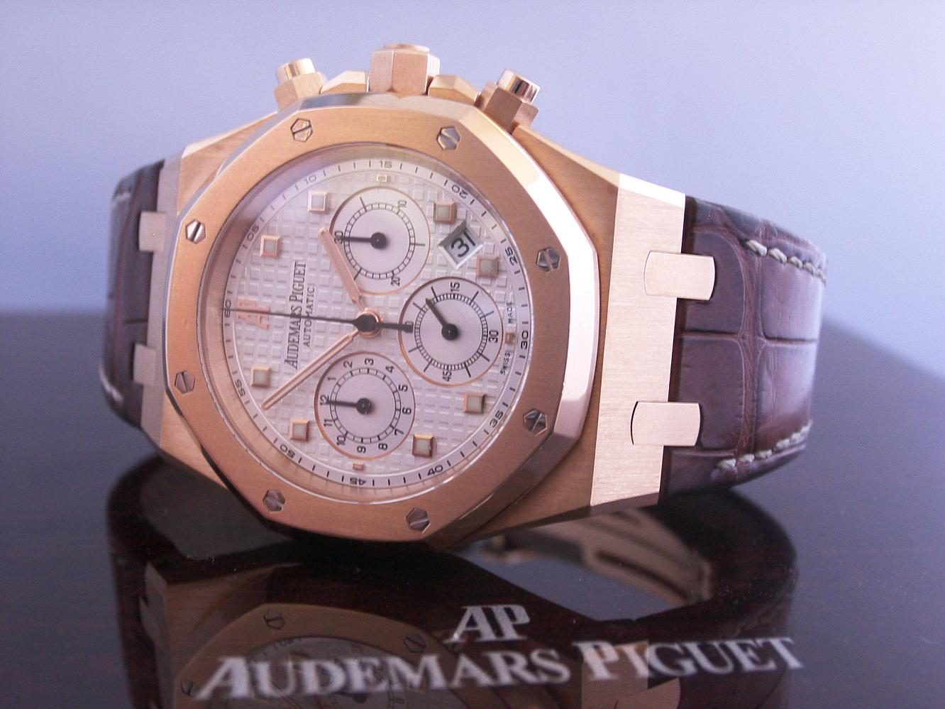 Audemars Piquet Royal Oak Chronograph in Rose gold***SOLD***